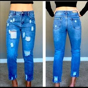 Distressed Mom Ankle Jeans